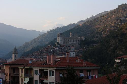 Dolceacqua, Castello dei Doria
