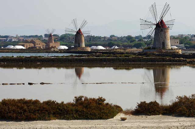 Marsala salt mills