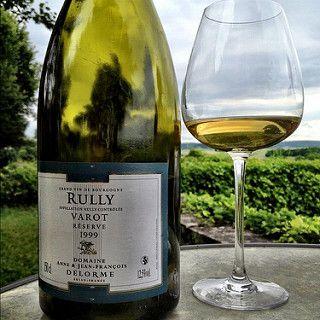 Vall?e de l'Yonne par le prisme d'un #Rully. #wine #igersburgundy #bourgogne