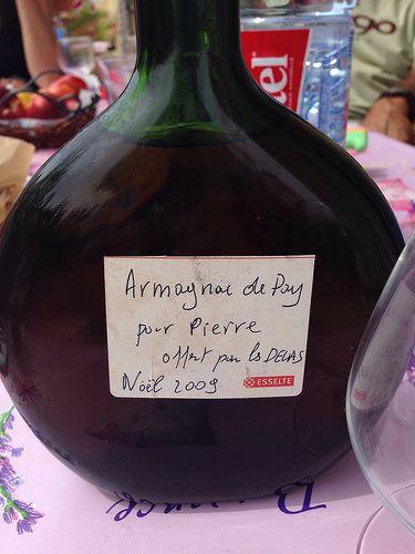 """Armagnac Hors d'Age de La T?nar?ze de mon grand p?re """"Pay"""" (p?re en gascon) offert par mes cousins DELAS (gros Like)"""